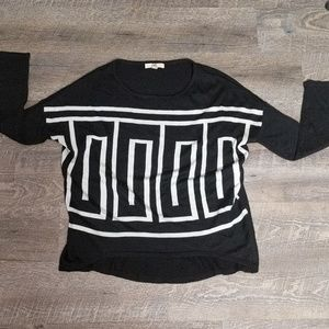 Black and White Women's Sweater | Sz S